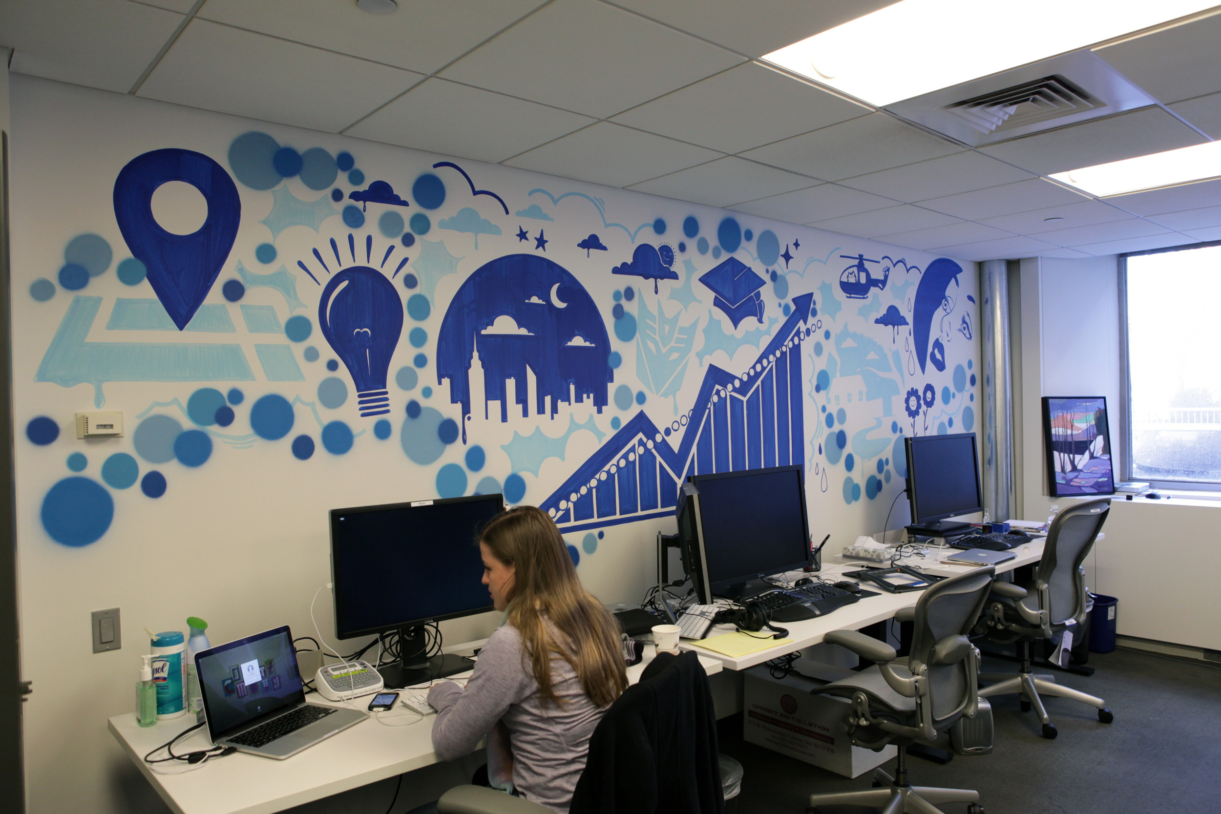 New york facebook office graffiti art graffiti usa for Design agency usa
