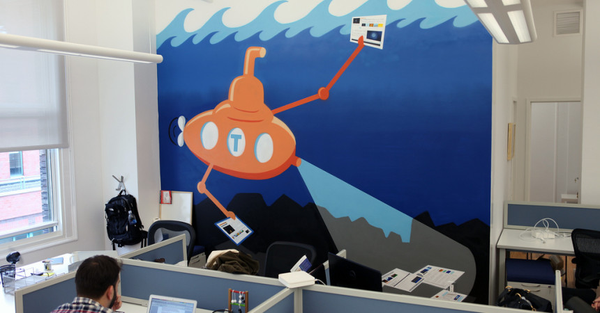 Taboola Submarine Graffiti Mural in Office