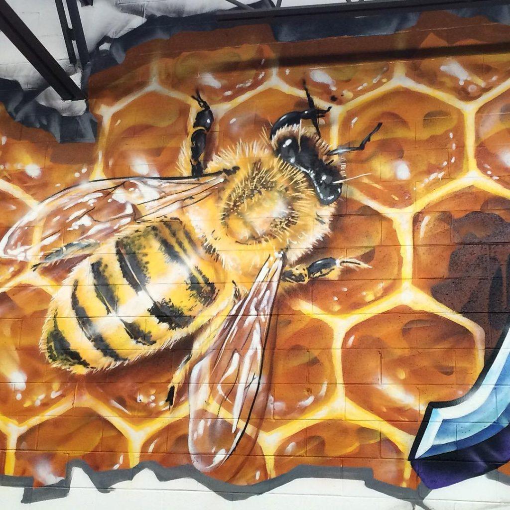 bee detail mural